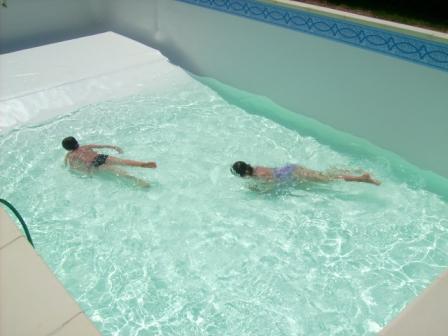 14 le liner lapiscinedespaquerettes for Liner piscine blanc